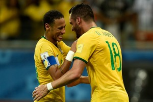SALVADOR, BRAZIL - NOVEMBER 17:  Neymar (L) and Renato Augusto of Brazil celebrate a scored goal during a match between Brazil and Peru as part of 2018 FIFA World Cup Russia Qualifiers at Arena Fonte Nova on November 17, 2015 in Salvador, Brazil.  (Photo by Buda Mendes/Getty Images)
