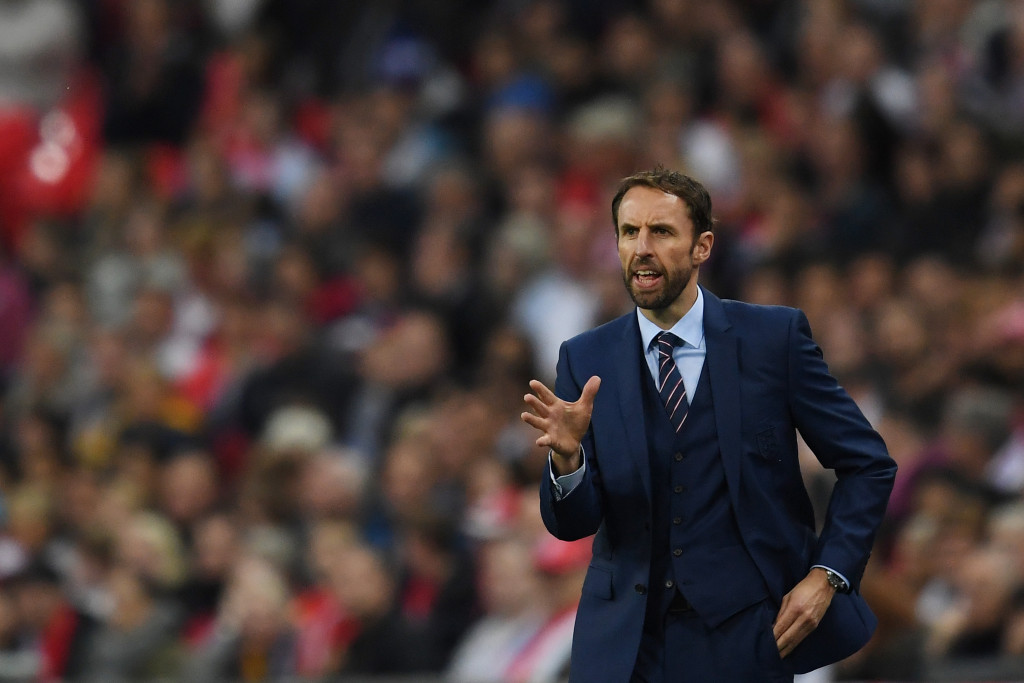 LONDON, ENGLAND - OCTOBER 08:  Gareth Southgate, Interim Manager of England gives instructions during the FIFA 2018 World Cup Qualifier Group F match between England and Malta at Wembley Stadium on October 8, 2016 in London, England.  (Photo by Laurence Griffiths/Getty Images)