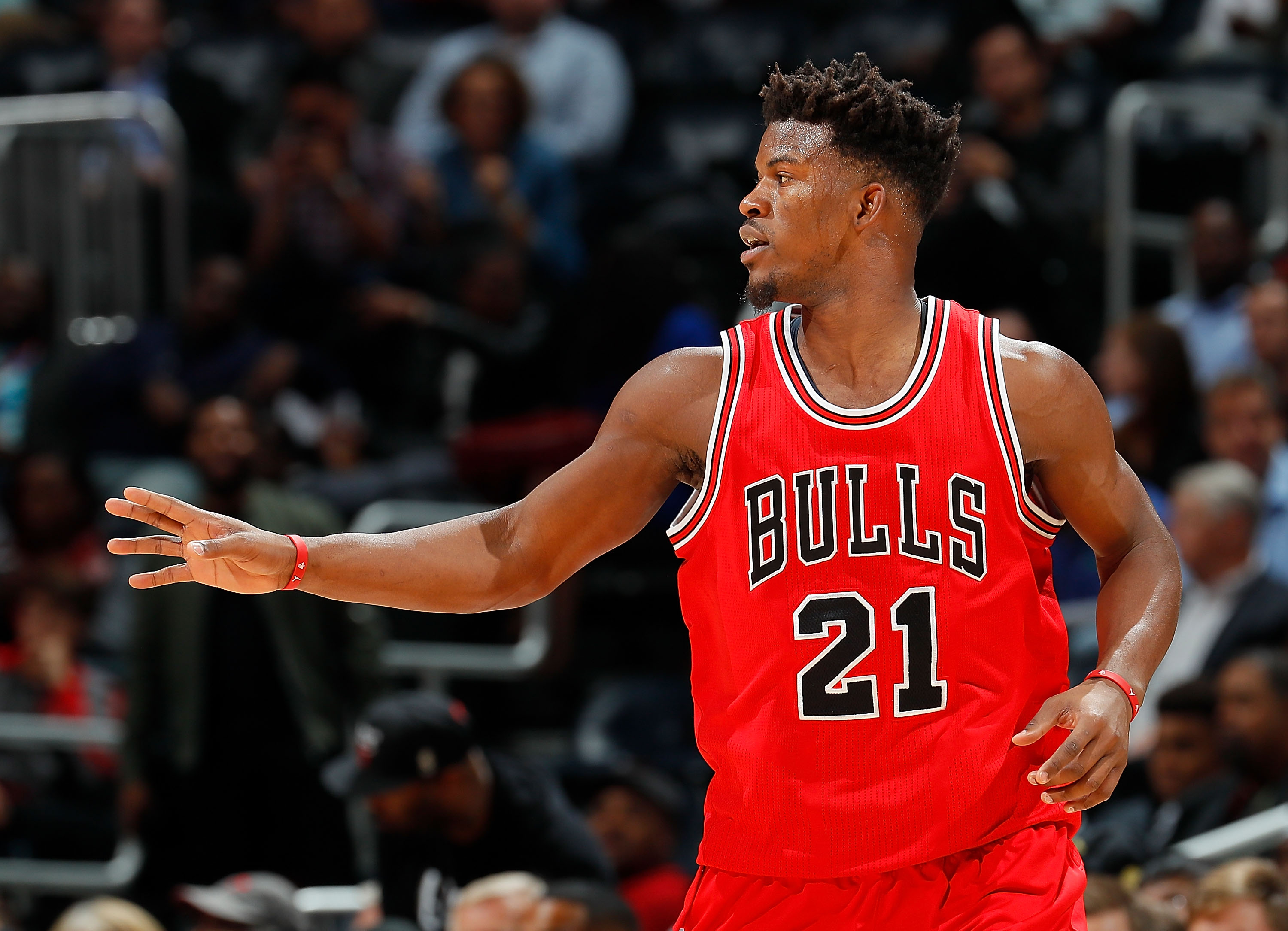 27aedfb2846 Jimmy Butler Powers Chicago Bulls with Huge 40-Point Game vs. Lakers
