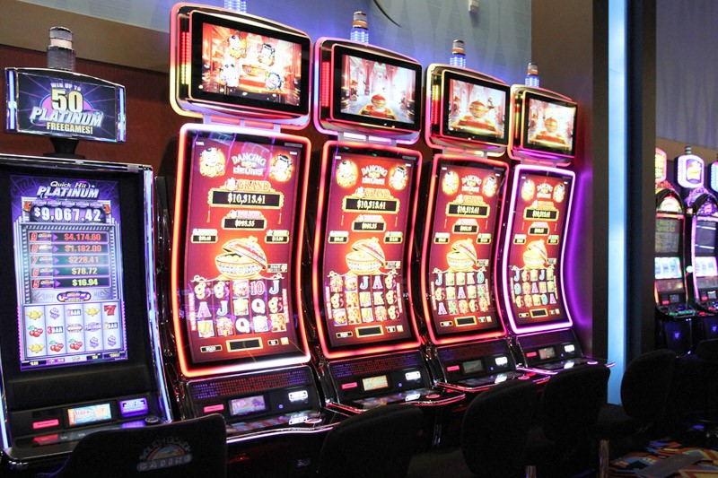 6 Easy Tricks To Help You Win Big In Gambling Slot Machines | The Comeback