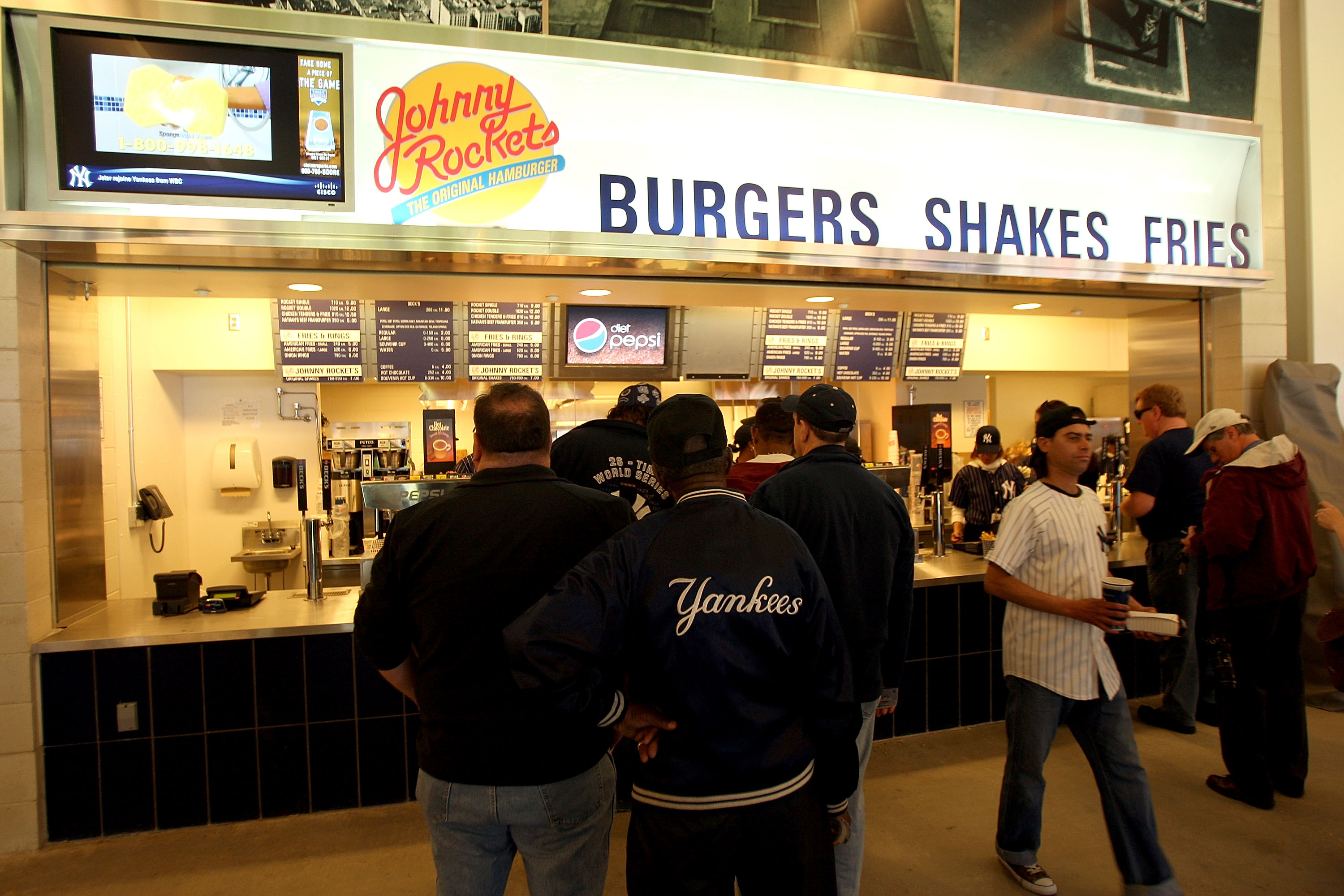 New York April 02 Spectators Wait For Food At Johnny Rockets During A