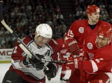 d92f40c6f83 The Red Wings – Avalanche alumni game could get nasty
