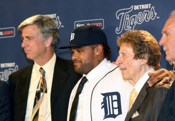 DETROIT, MI - JANUARY 26:  (L-R) CEO and general manager Dave Dombrowski of the Detroit Tigers, Prince Fielder, and owner Mike Ilitch pose during a press conference annnouncing the signing of Fielder at Comerica Park on January 26, 2012 in Detroit, Michigan.  (Photo by Jorge Lemus/Getty Images)