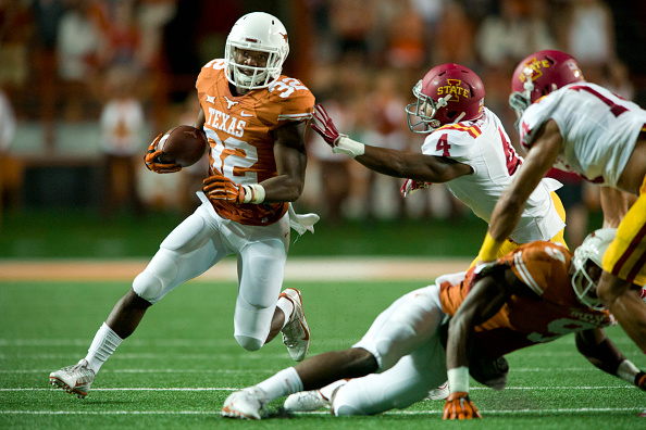 AUSTIN, TX - OCTOBER 18:  Johnathan Gray #32 of the Texas Longhorns breaks free against the Iowa State Cyclones during the 1st quarter on October 18, 2014 at Darrell K Royal-Texas Memorial Stadium in Austin, Texas.  (Photo by Cooper Neill/Getty Images)