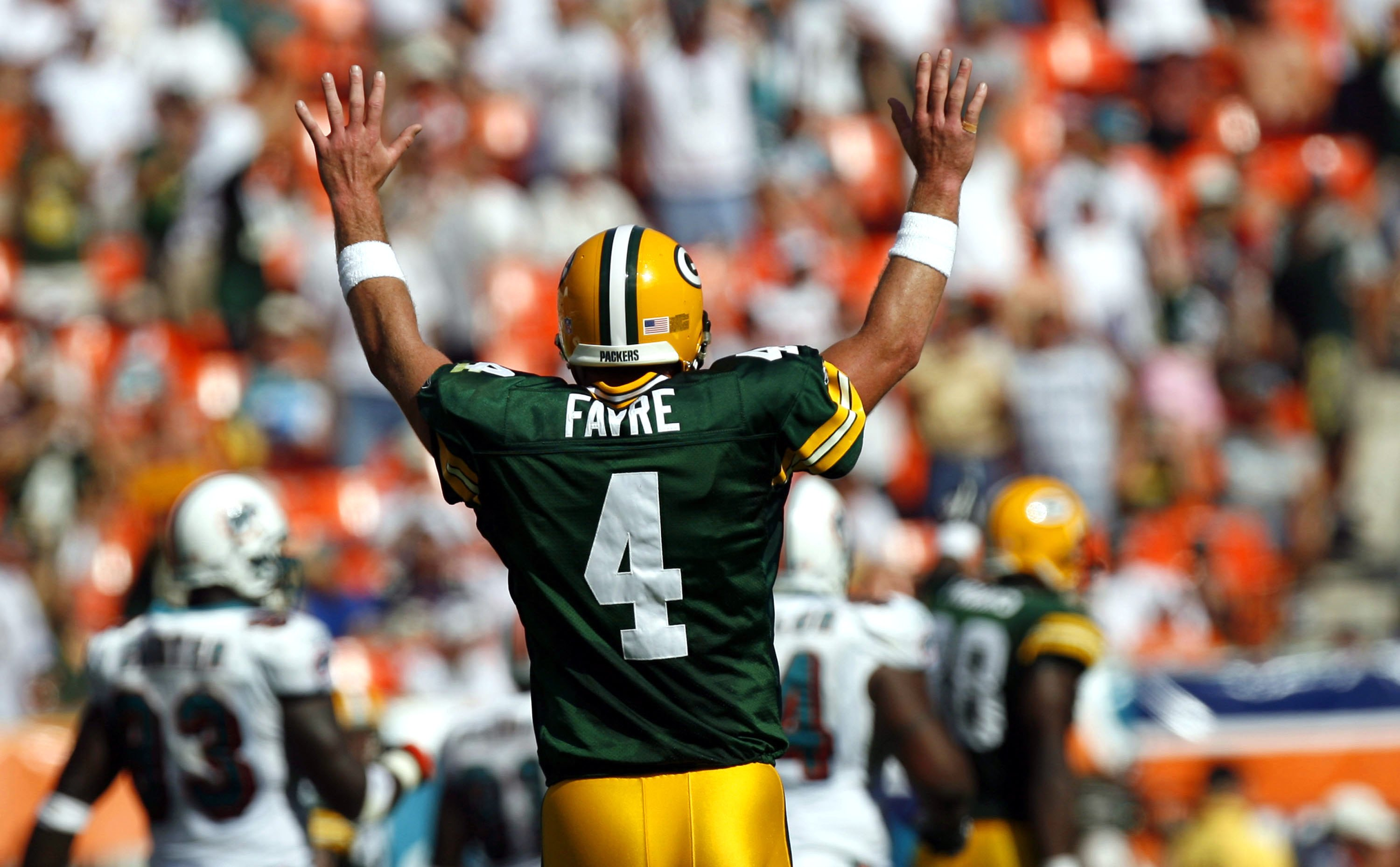 Pro Football Hall of Fame  Guessing which of the 15 finalists will get in  this year 44704fb6c