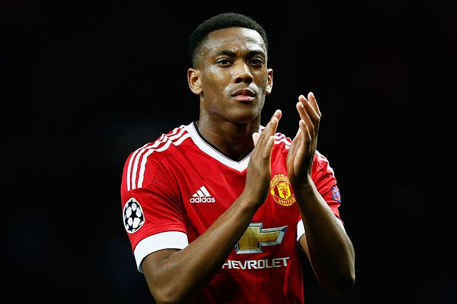MANCHESTER, ENGLAND - SEPTEMBER 30: Anthony Martial of Manchester United applauds the crowd after victory in the UEFA Champions League Group B match between Manchester United FC and VfL Wolfsburg at Old Trafford on September 30, 2015 in Manchester, United Kingdom.(Photo by Dean Mouhtaropoulos/Getty Images)