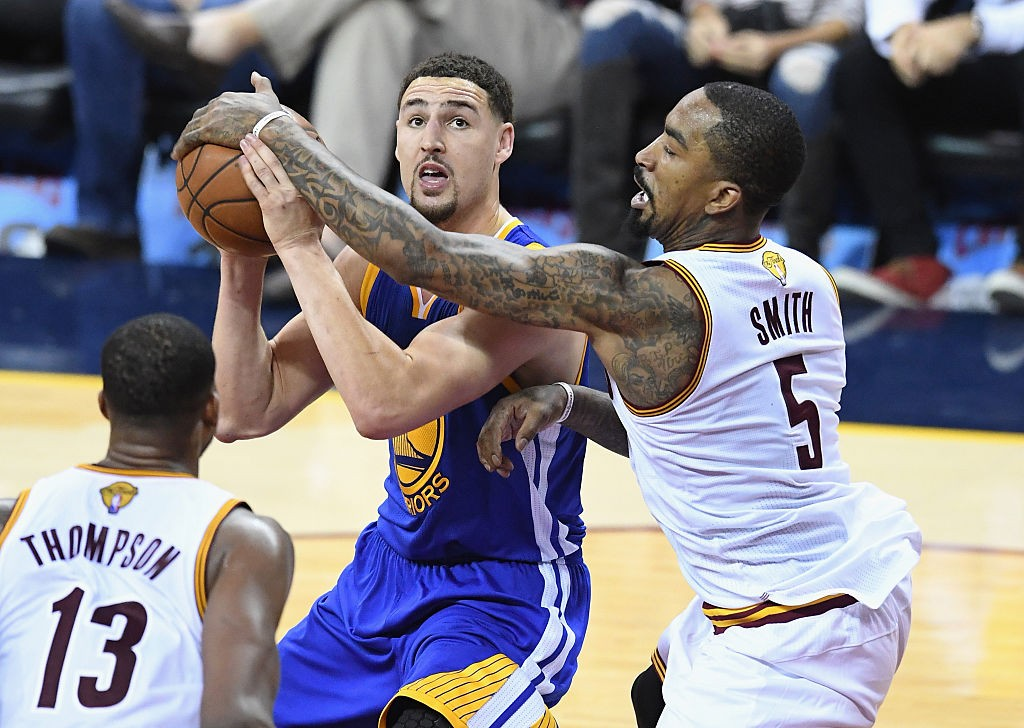 CLEVELAND, OH - JUNE 08:  J.R. Smith #5 of the Cleveland Cavaliers defends Klay Thompson #11 of the Golden State Warriors during the second half in Game 3 of the 2016 NBA Finals at Quicken Loans Arena on June 8, 2016 in Cleveland, Ohio. (Photo by Jason Miller/Getty Images)