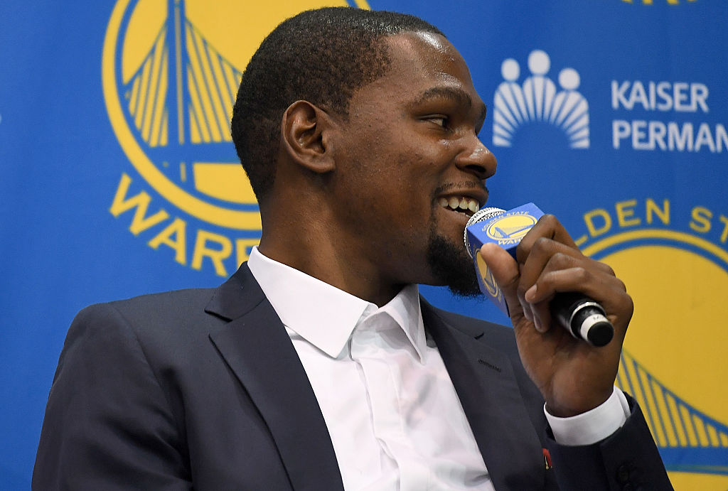 OAKLAND, CA - JULY 7:  Kevin Durant #35 of the Golden State Warriors poses for a portrait on July 7, 2016 in Oakland, California.  (Photo by Joshua Leung/NBAE via Getty Images)