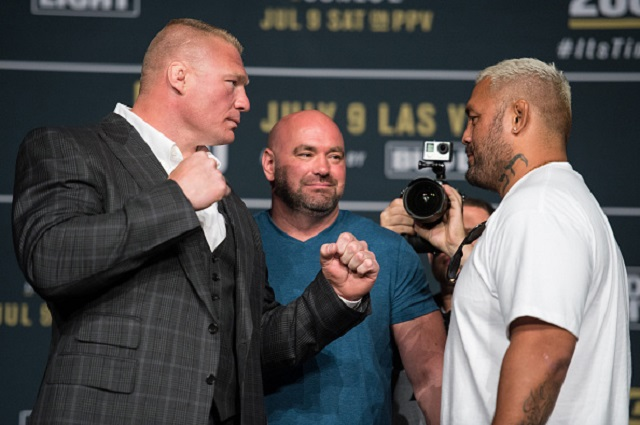LAS VEGAS, NV - JULY 06:  (L-R) Brock Lesnar and Mark Hunt face off during the UFC 200: Press Conference in KA Theater at MGM Grand Hotel & Casino on July 6, 2016 in Las Vegas, Nevada. (Photo by Brandon Magnus/Zuffa LLC/Zuffa LLC via Getty Images)