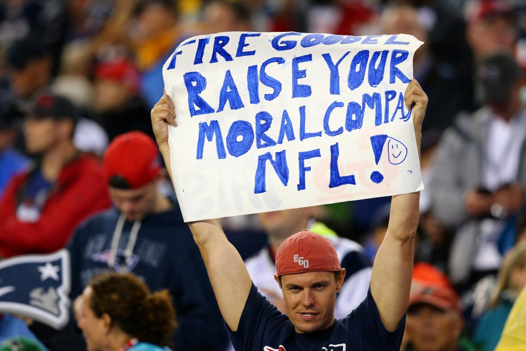 FOXBORO, MA - SEPTEMBER 10:  A fan holds a sign directed at NFL commissioner Roger Goodell in the game between the New England Patriots and the Pittsburgh Steelers at Gillette Stadium on September 10, 2015 in Foxboro, Massachusetts.  (Photo by Maddie Meyer/Getty Images)