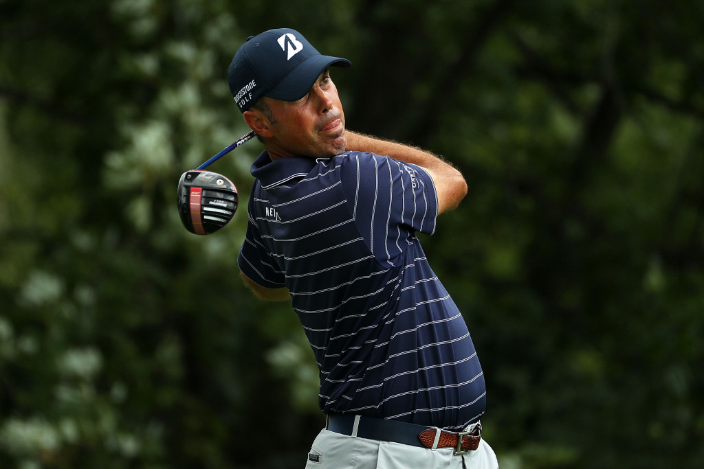 CARMEL, IN - SEPTEMBER 10:  Matt Kuchar hits his tee shot on the ninth hole during the third round of the BMW Championship at Crooked Stick Golf Club on September 10, 2016 in Carmel, Indiana.  (Photo by Scott Halleran/Getty Images)