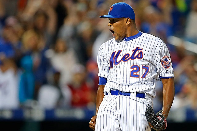NEW YORK, NY - SEPTEMBER 03: Closer Jeurys Familia #27 of the New York Mets reacts after getting the final out against the Washington Nationals in a 3-1 win at Citi Field on September 3, 2016 in the Flushing neighborhood of the Queens borough of New York City. (Photo by Rich Schultz/Getty Images)
