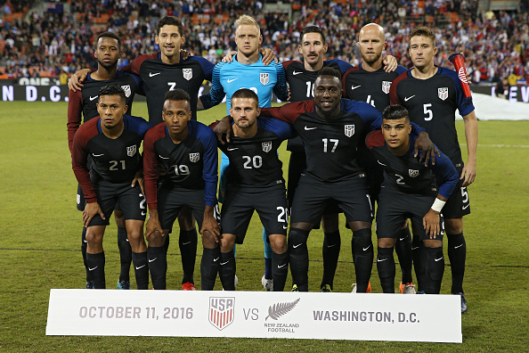 WASHINGTON, DC - OCTOBER 11: The United States poses for a team photo before playing against the New Zealand during an International Friendly at RFK Stadium on October 11, 2016 in Washington, DC. (Photo by Patrick Smith/Getty Images)