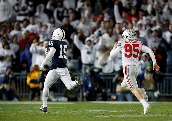 STATE COLLEGE, PA - OCTOBER 22:  Grant Haley #15 of the Penn State Nittany Lions returns a field goal block 60 yards for a touchdown in the fourth quarter during the game against the Ohio State Buckeyes on October 22, 2016 at Beaver Stadium in State College, Pennsylvania.  (Photo by Justin K. Aller/Getty Images)