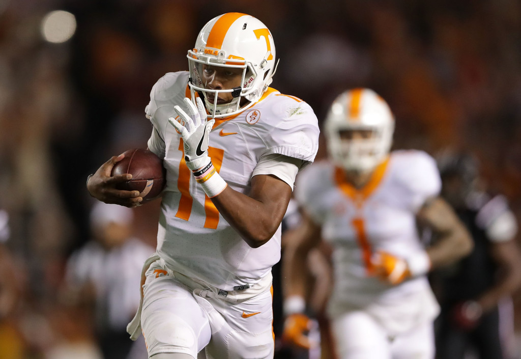 COLUMBIA, SC - OCTOBER 29:  Joshua Dobbs #11 of the Tennessee Volunteers runs with the ball against the South Carolina Gamecocks during their game at Williams-Brice Stadium on October 29, 2016 in Columbia, South Carolina.  (Photo by Streeter Lecka/Getty Images)