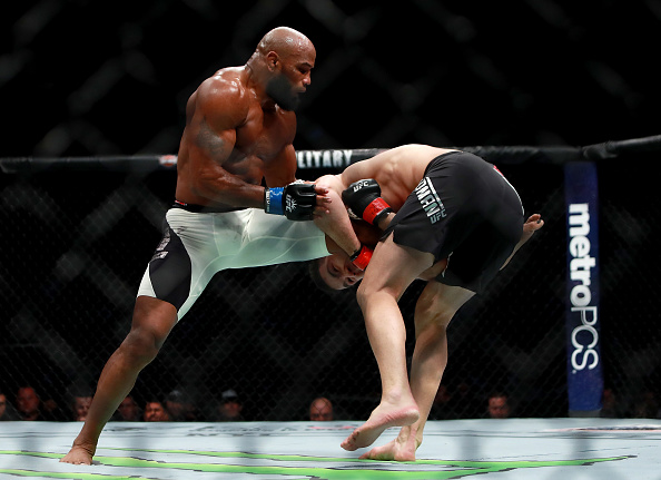 NEW YORK, NY - NOVEMBER 12:  Yoel Romero of Cuba (left) fights against Chris Weidman of the United States in their middleweight bout during the UFC 205 event at Madison Square Garden on November 12, 2016 in New York City.  (Photo by Michael Reaves/Getty Images )