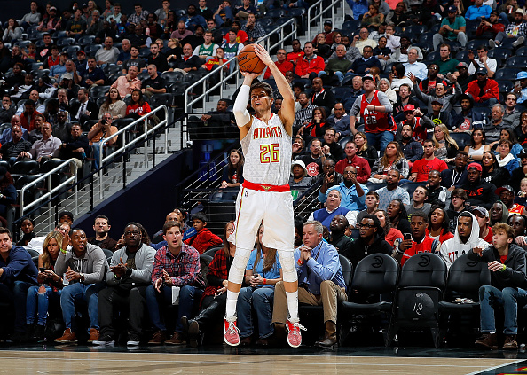 ATLANTA, GA - NOVEMBER 16:  Kyle Korver #26 of the Atlanta Hawks shoots a three-point basket against the Milwaukee Bucks at Philips Arena on November 16, 2016 in Atlanta, Georgia.  NOTE TO USER User expressly acknowledges and agrees that, by downloading and or using this photograph, user is consenting to the terms and conditions of the Getty Images License Agreement.  (Photo by Kevin C. Cox/Getty Images)
