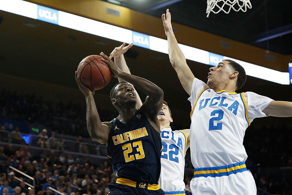 LOS ANGELES, CA - JANUARY 5:  Lonzo Ball #2 of the UCLA Bruins attempts to block Jabari Bird #23 of the California Golden Bears at Pauley Pavilion during their game against the Califorinia Golden Bears on January 5, 2017 in Los Angeles, California.  (Photo by Josh Lefkowitz/Getty Images)
