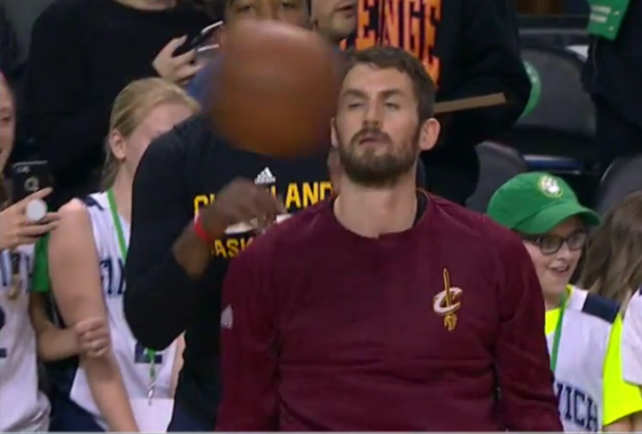 Kevin Love hit in the face