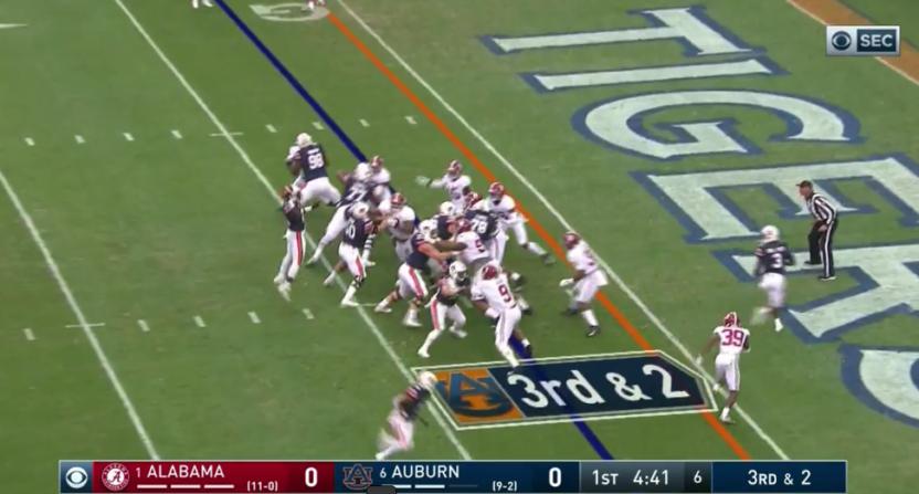 Gary Danielson called this Auburn jump pass in advance.