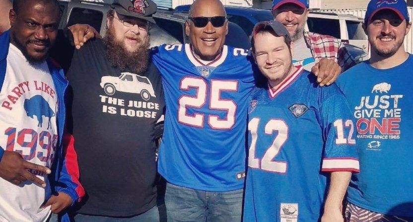 reputable site ff67d 38c8c No, O.J. Simpson is not actually at the Bills-Jaguars game ...