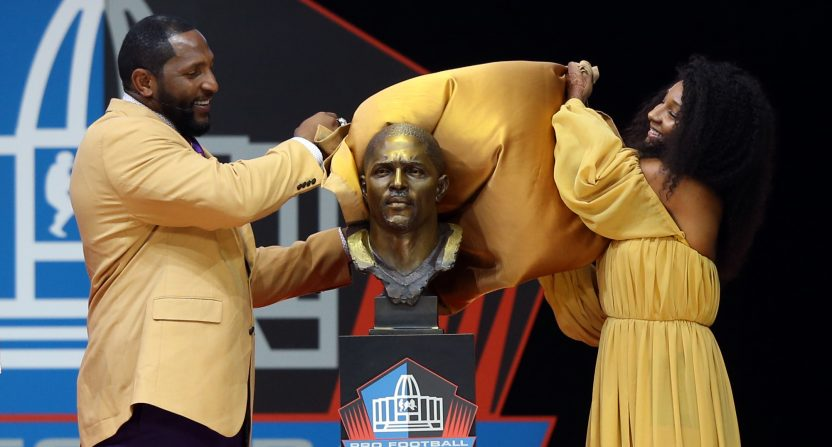 Here s what Twitter has to say about the Ray Lewis Hall of Fame bust that  looks nothing like Ray Lewis c211f9915