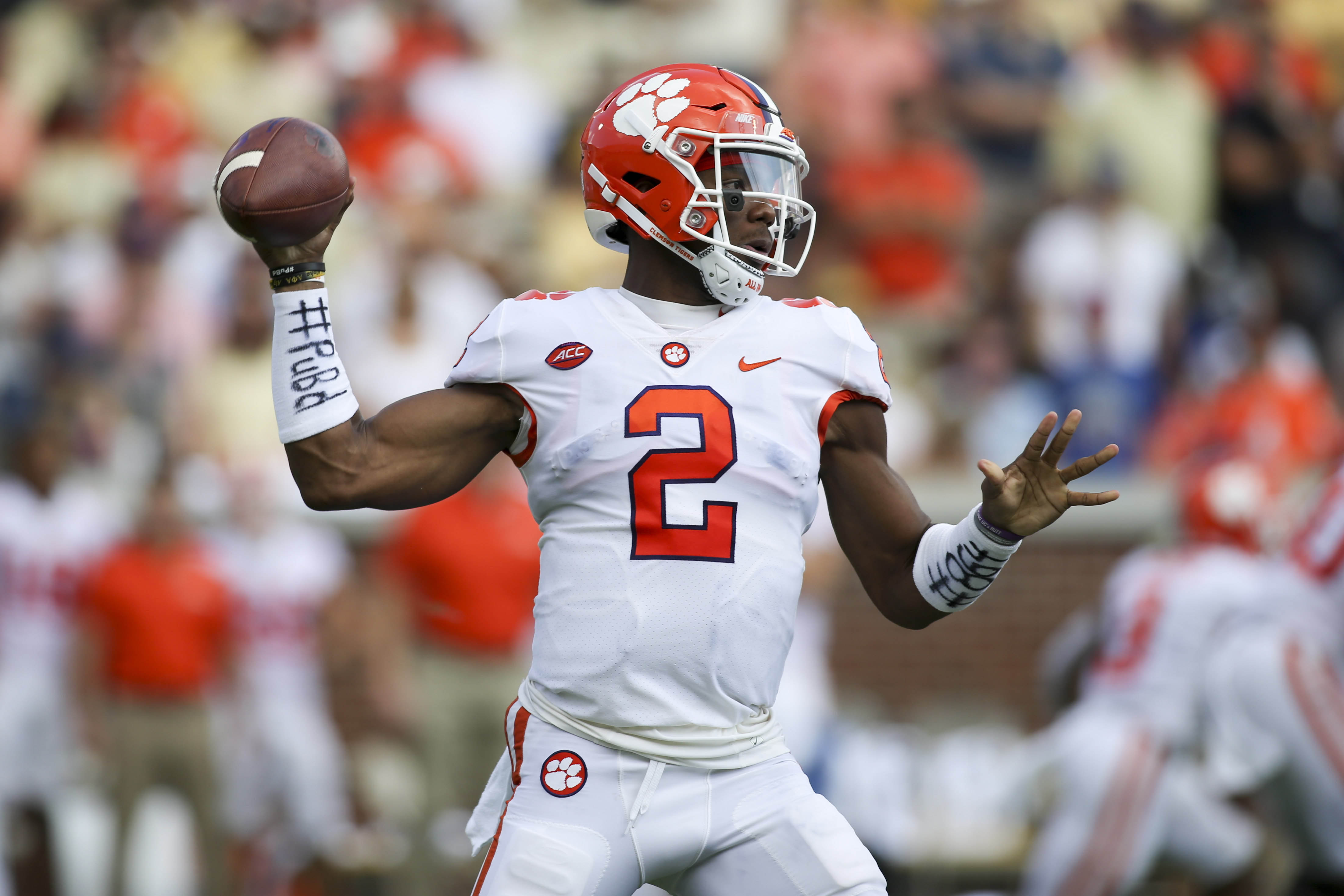 Kelly Bryant s in-season transfer from Clemson is a sign the new redshirt  rule is becoming the new norm ff090db11