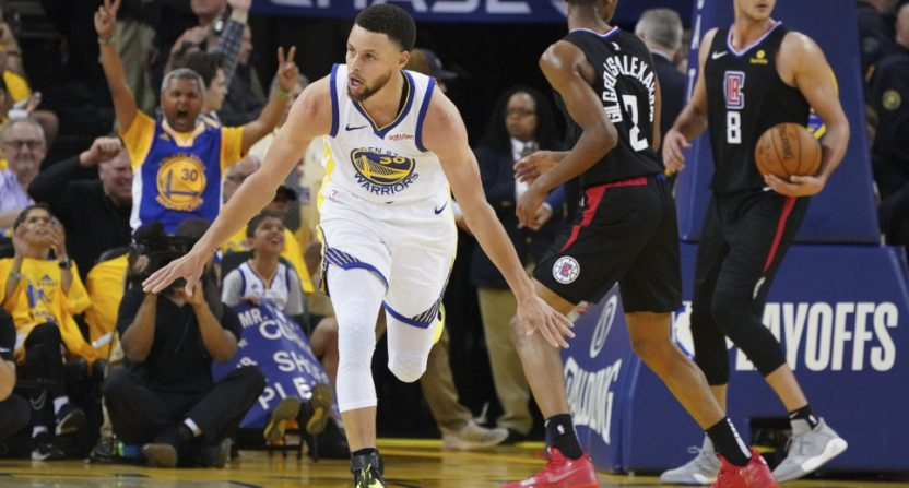 Steph Curry celebrating against the Clippers.