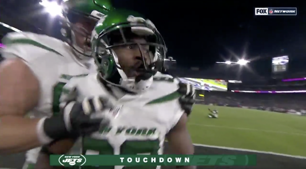 Jamison Crowder drops wide open touchdown, redeems himself