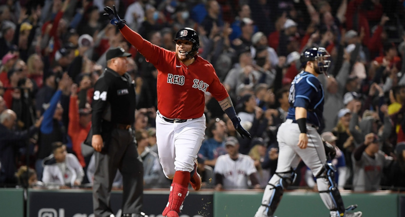 A Christian Vázquez HR to win it for the Red Sox.