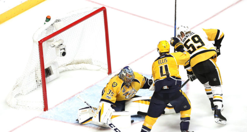 97a6f6f0d Study  94% of amazing hockey saves are just puck being shot into goalie s  body