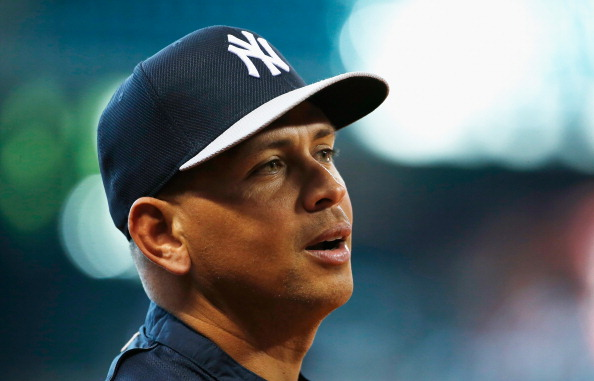 Alex Rodriguez offers John Sterling his apartment