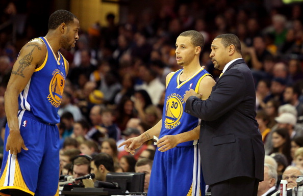 Mark Jackson coaching the Warriors in December 2013.
