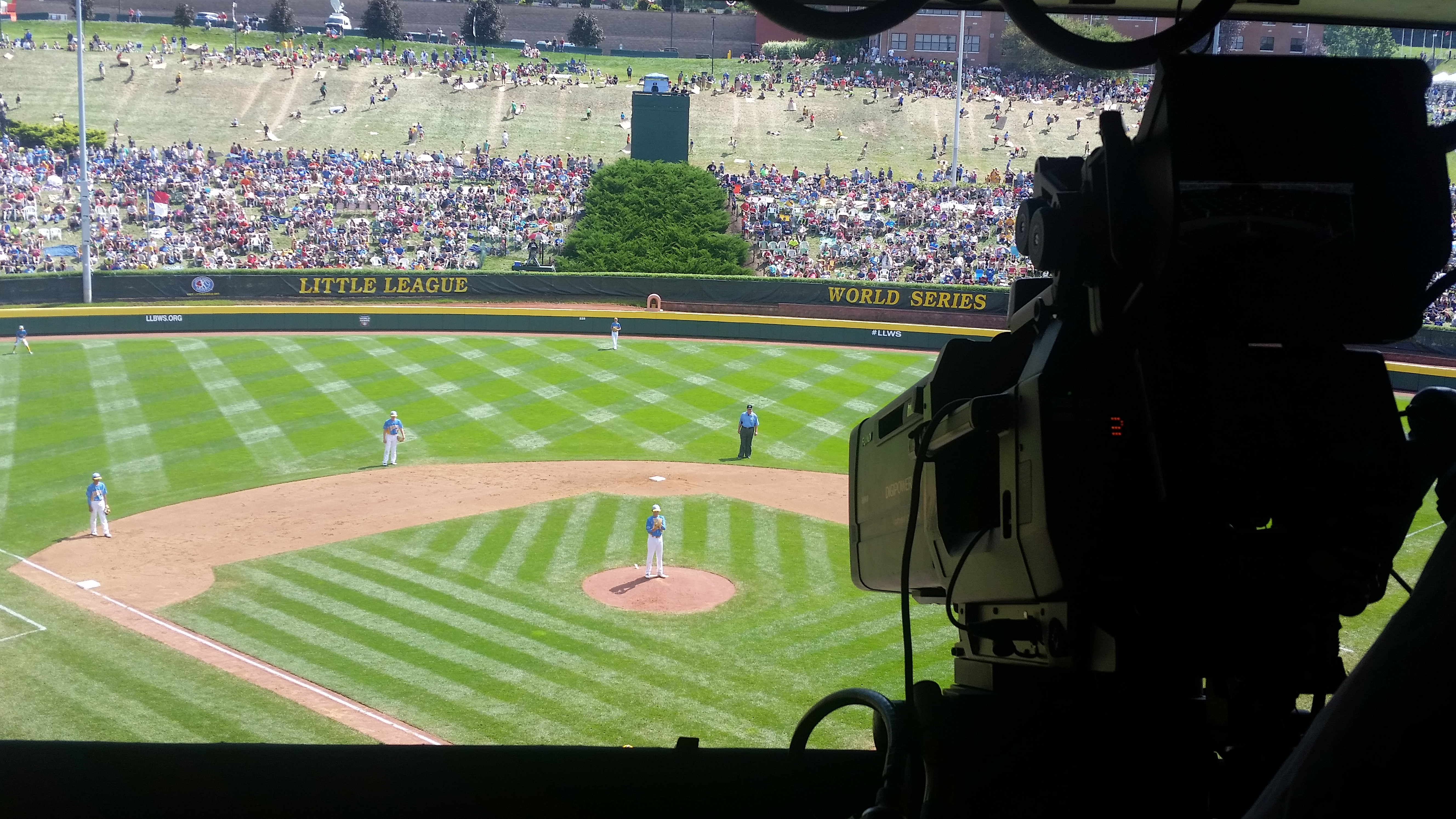 Behind The Scenes At Espn S Little League Classic Day