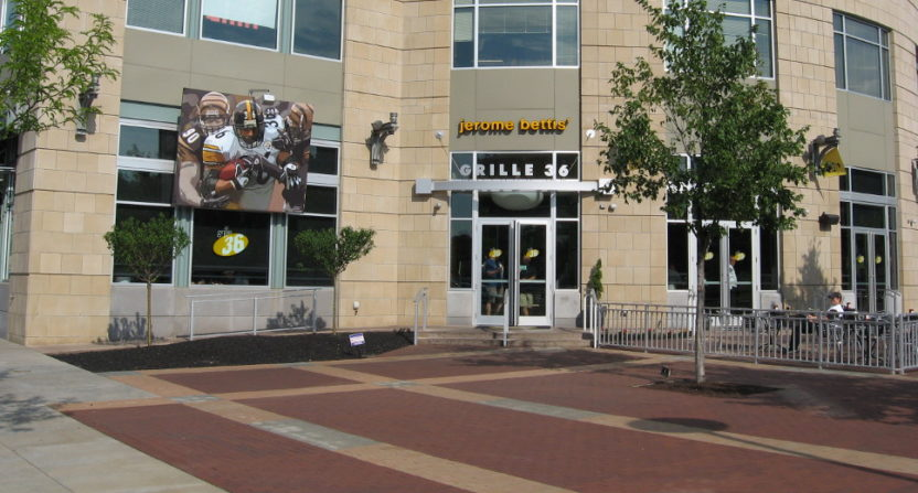 Jerome Bettis' Grille 36 in Pittsburgh will host Sunday NFL Countdown this week.
