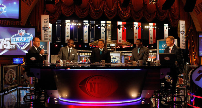Rich Eisen hosting 2010 NFL draft coverage.