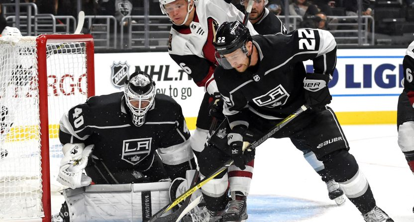 08492186 Los Angeles Kings shucking traditional radio for online streaming in ...