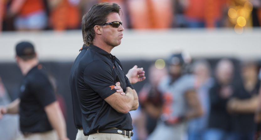 Mike Gundy coaching against Texas Tech.