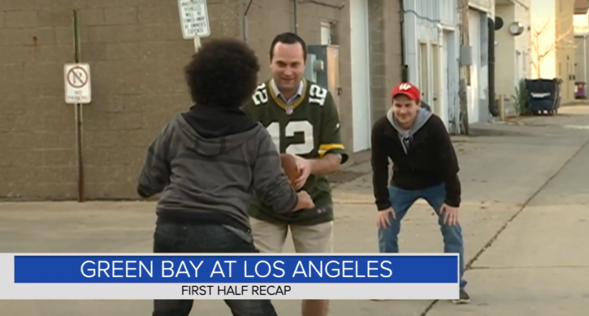 Packers-Rams highlights, as recreated by Bryan McLoone and the WKBT news team.