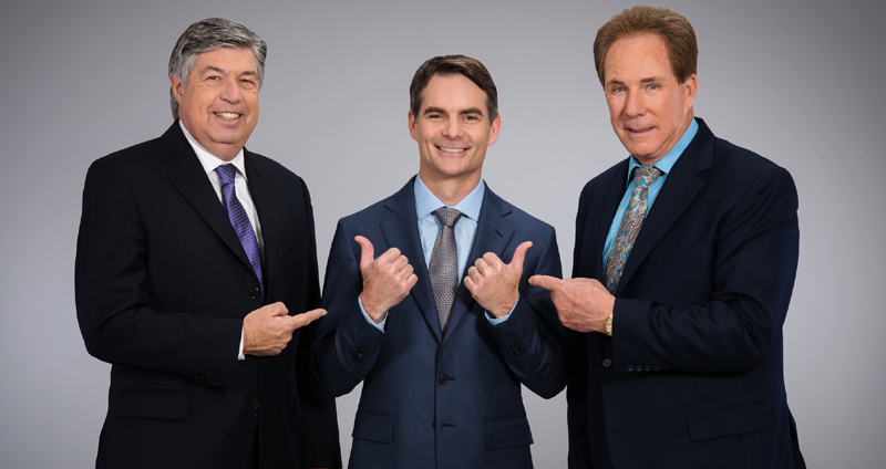 Mike Joy, Jeff Gordon and Darrell Waltrip.