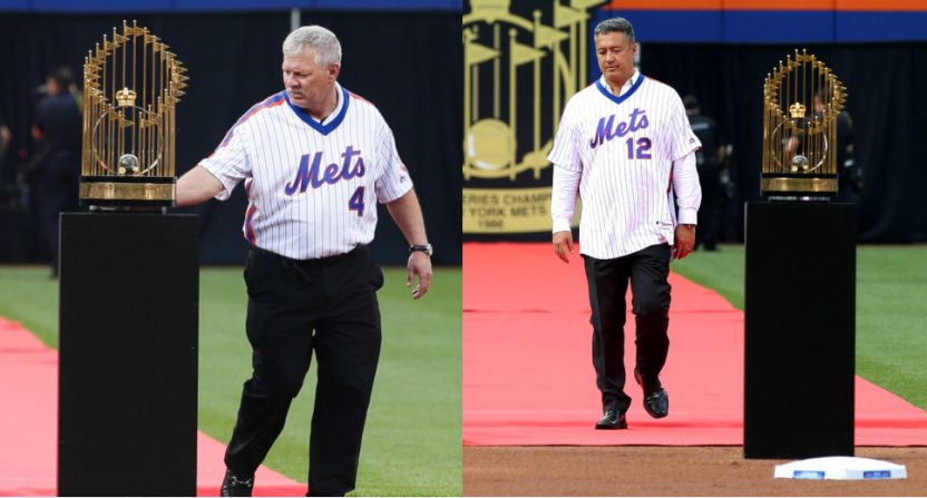 Lenny Dykstra (L) and Ron Darling were both at a 2016 ceremony honoring the 1986 Mets. Dykstra is now suing Darling.