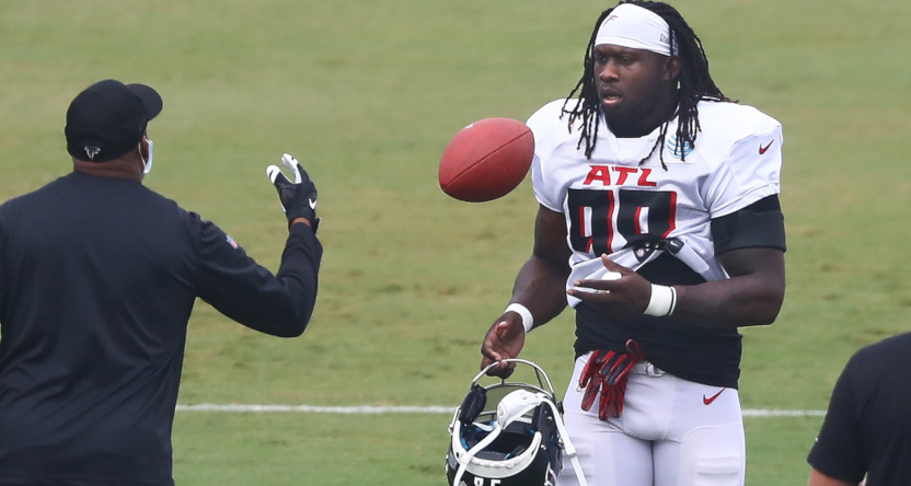 Takk McKinley at Falcons' training camp in August 2020.