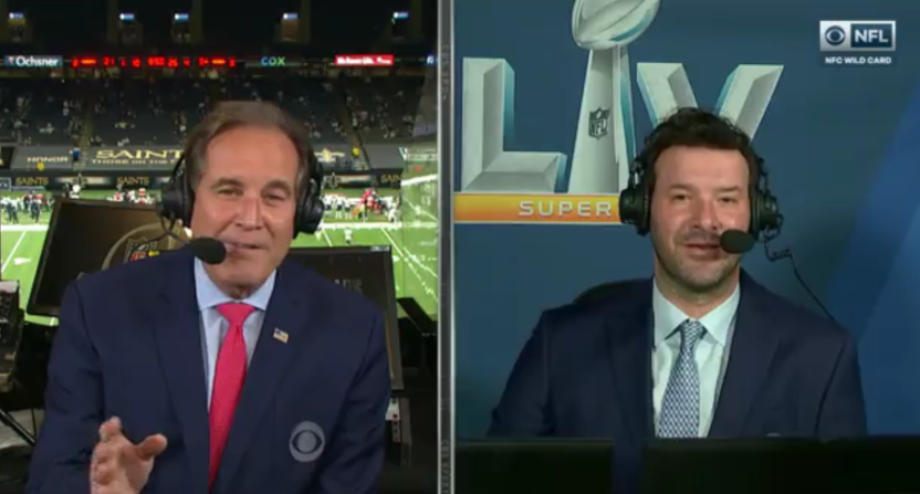 Jim Nantz telling Tony Romo that Romo was inducted into the College Football Hall of Fame.