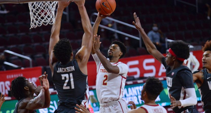 The USC Trojans against the WSU Cougars on Jan. 16, 2021.