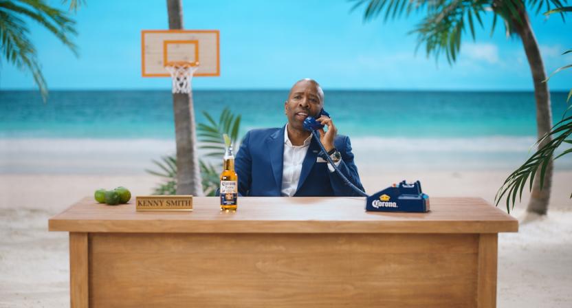 Corona hotline operator Kenny Smith.