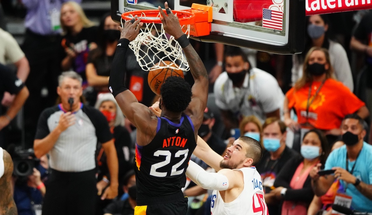 Listen to radio calls for Deandre Ayton's winning dunk in Suns' Game 2 win over Clippers